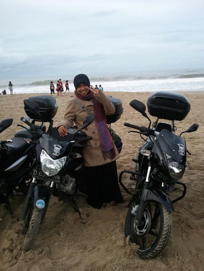 bangga make syal pashmina =))