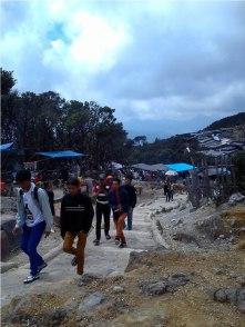 pengunjungnya rame (foto: @HikariAzzahirah)