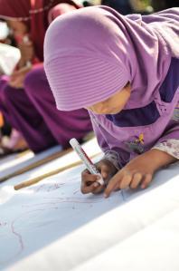 anak keciiilll (photo: @HikariAzzahirah)