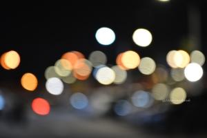lampu2 di parkiran mobil