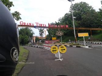 pintu gerbang