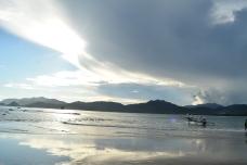 Pantai Pulau Merah Banyuwangi
