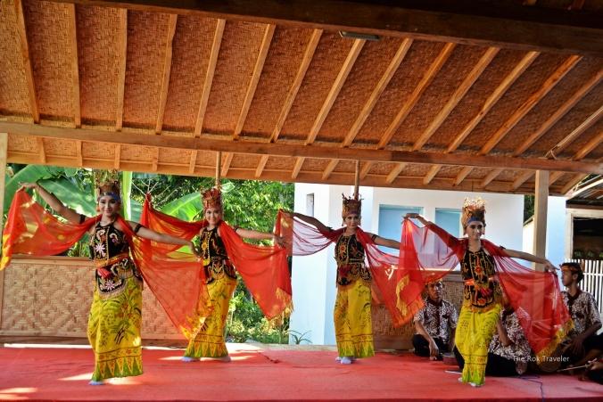 Desa Kemiren, Suku Osing, Tari Gandrung, Banyuwangi, kuliner banyuwangi, jalan ke banyuwangi